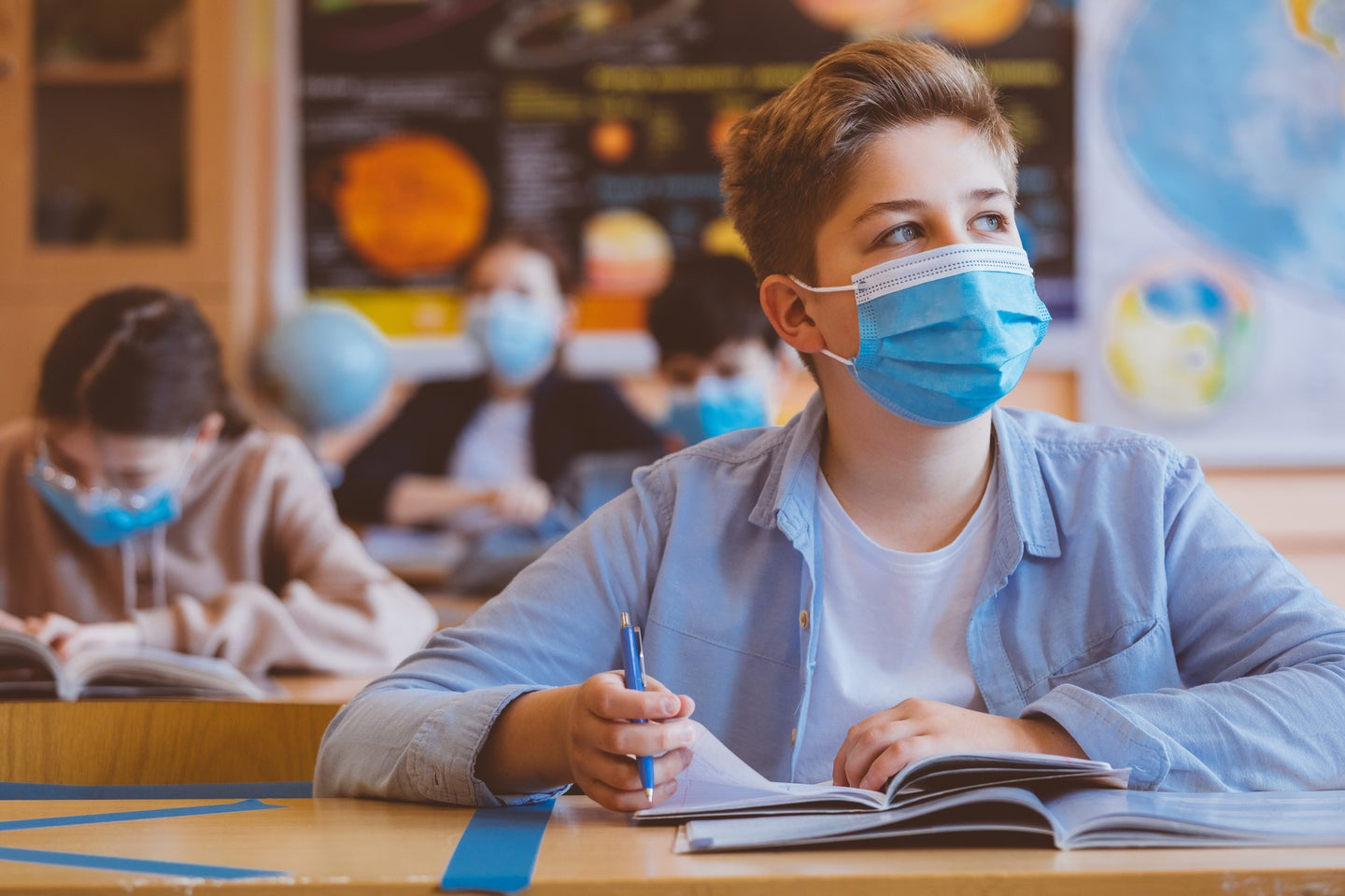 Data on COVID-19 outbreaks in schools was sparse, so this teacher collected it herself