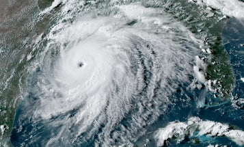 How hurricanes like Laura get so strong