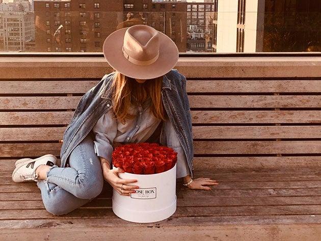 Rose Box™ Large White Box & Everlasting Roses