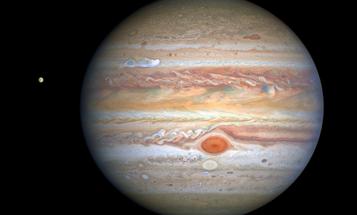 Crisp Hubble snapshot shows powerful new Jupiter storms