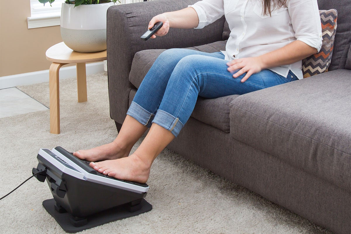 The Foot Vibe Deluxe Massaging Footrest