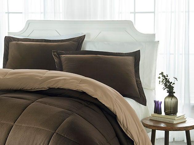 Down Alternative Reversible Comforter Set (Taupe & Chocolate | Twin)