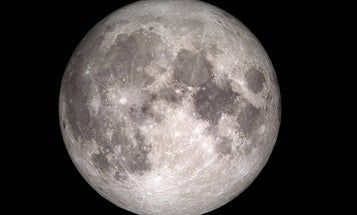 The moon will soon have cell service