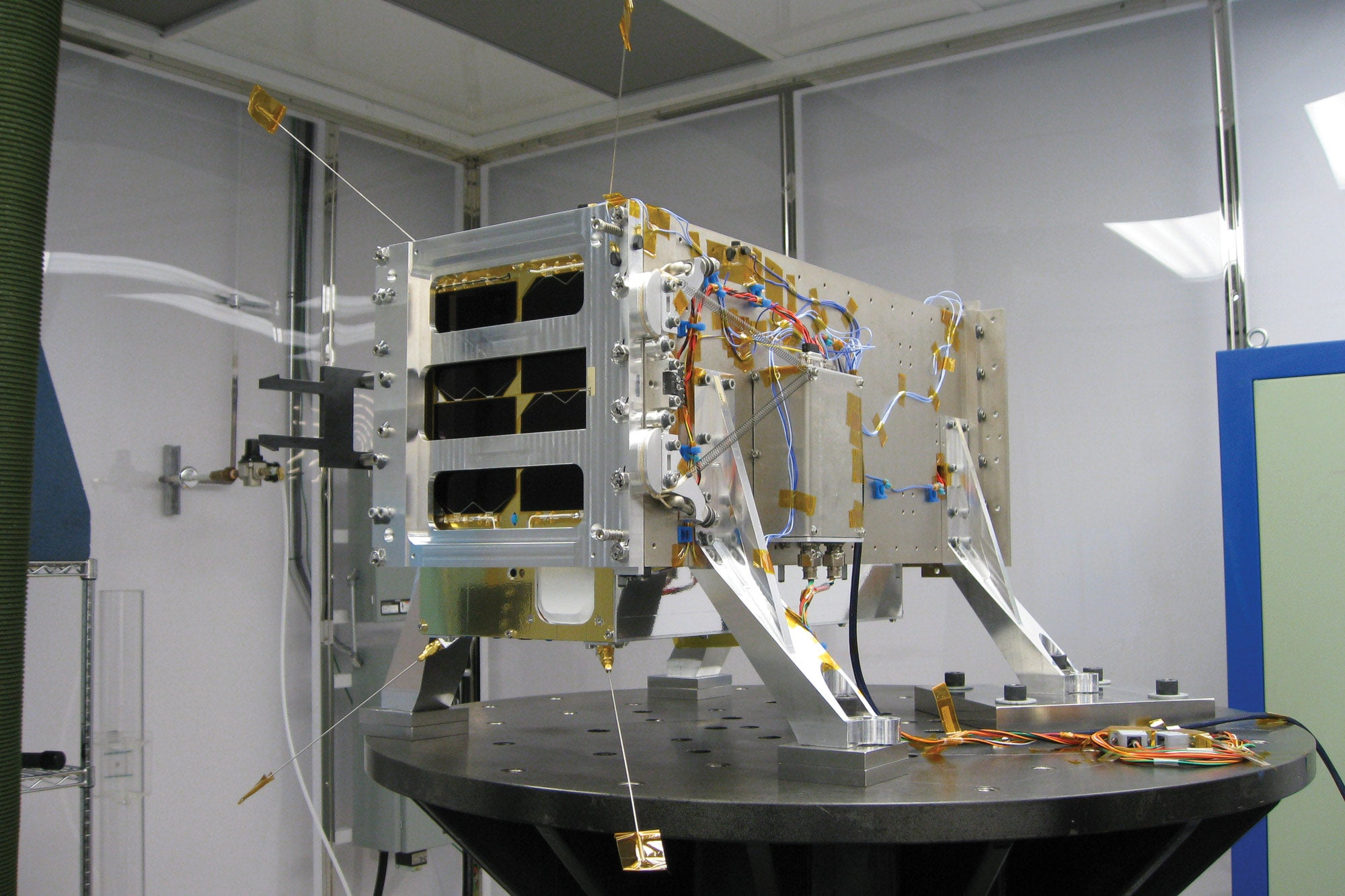 satellite imaging spectrometer