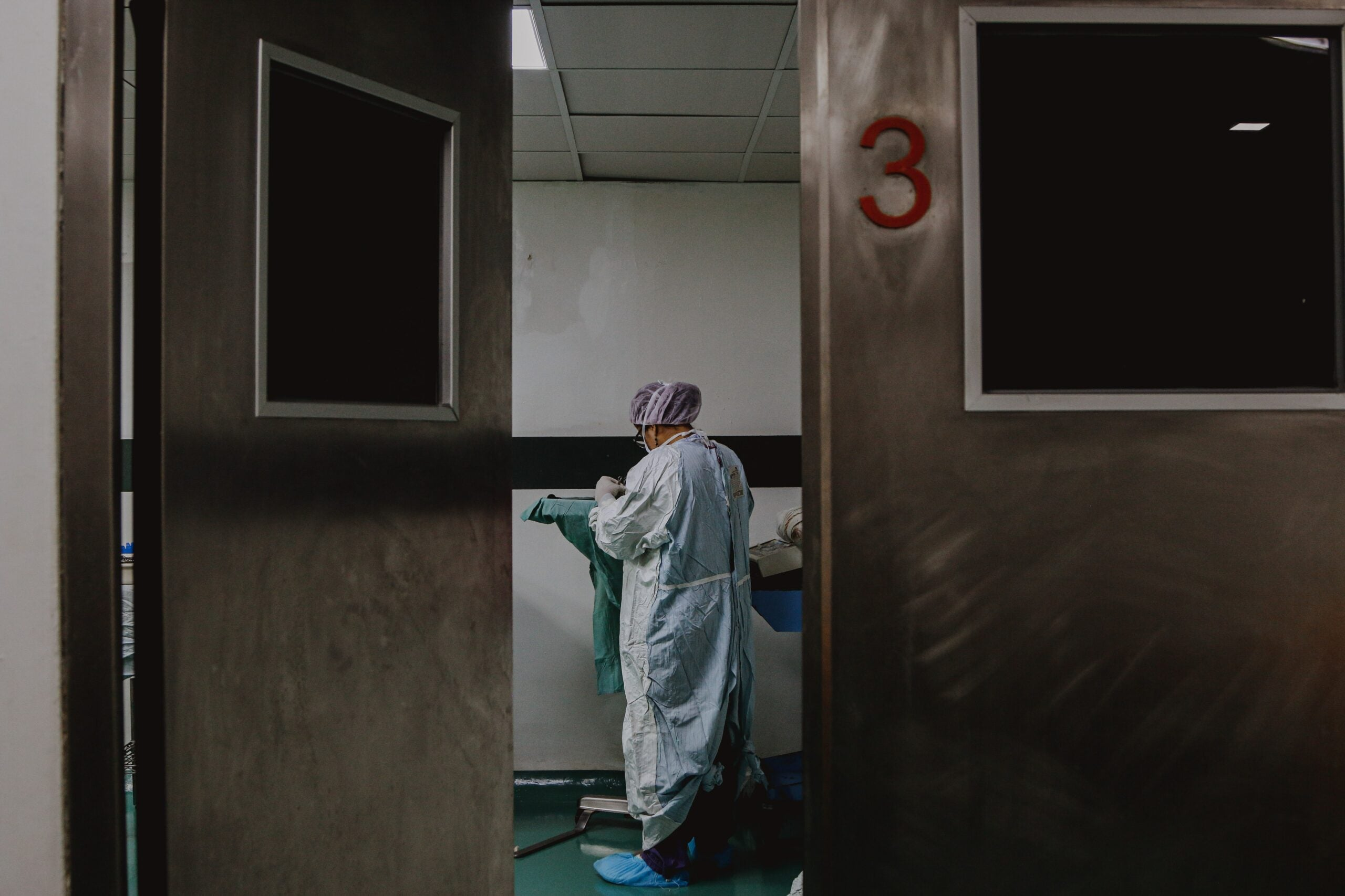 A hospital doctor in PPE