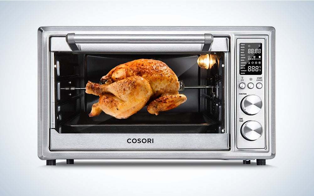Cosori 12-in-1 Air Fryer Toaster Oven Combo is one of the best air fryer ovens.