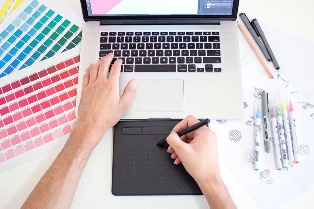 PicaStock Premium Fonts & Graphics: Lifetime Subscription