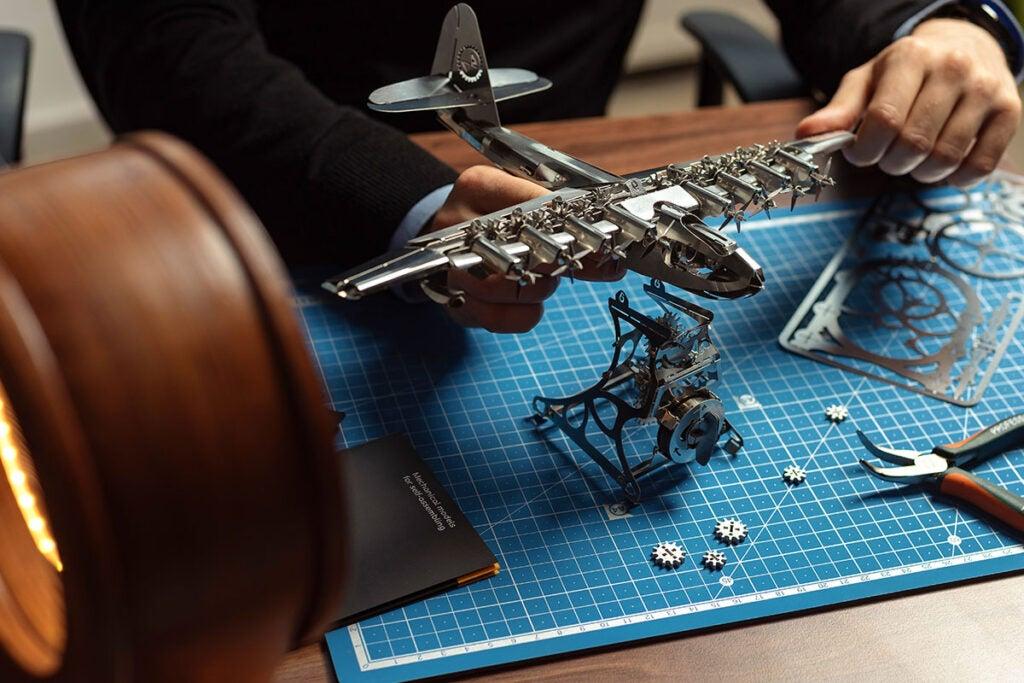 Heavenly Hercules Metal DIY Model Kit
