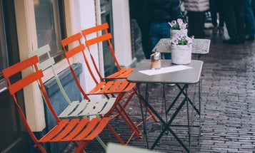 When it comes to COVID-19 risk, what counts as 'outdoor' dining?