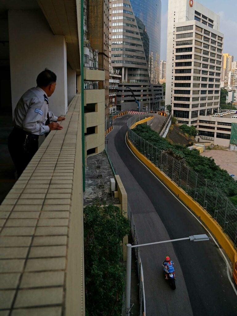 Craig Neve (BMW Callmac) between the skyscrapers of Macau.