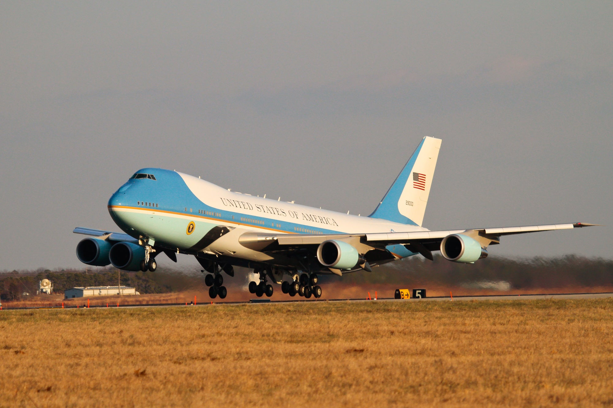 Air Force One does a practice landing and take off.