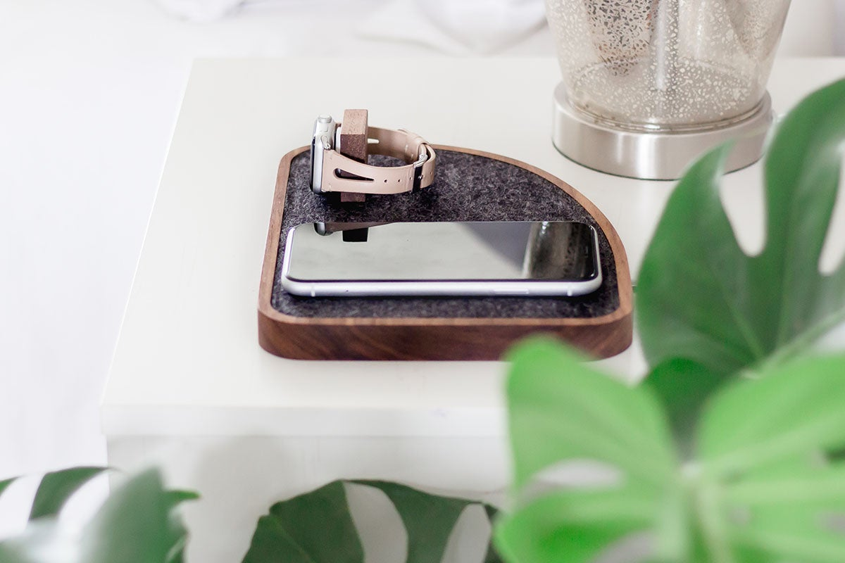 Wireless Charging Dock for iPhone