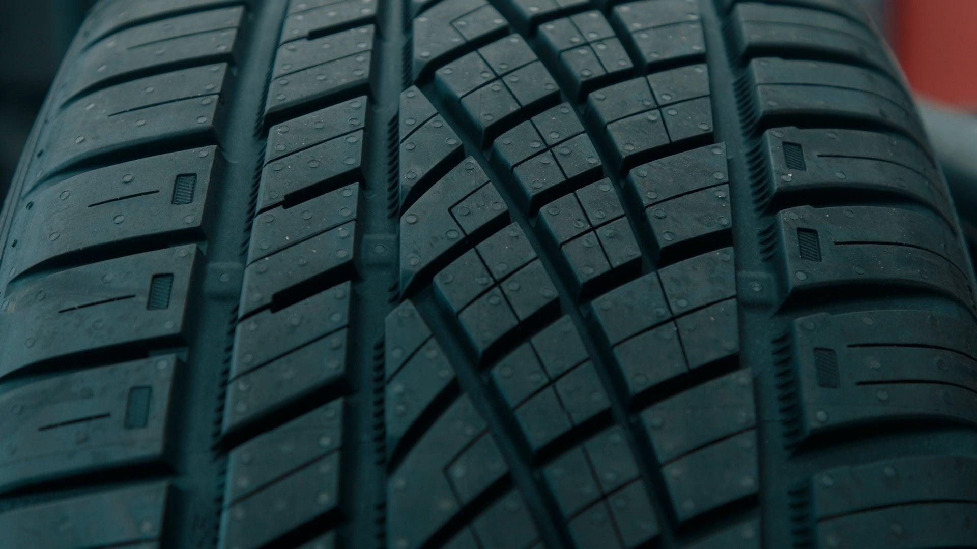 Continental tire tread pattern