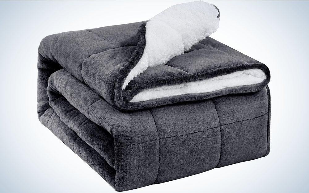 The Uttermara Sherpa Weighted Blanket is the best fleece blanket.