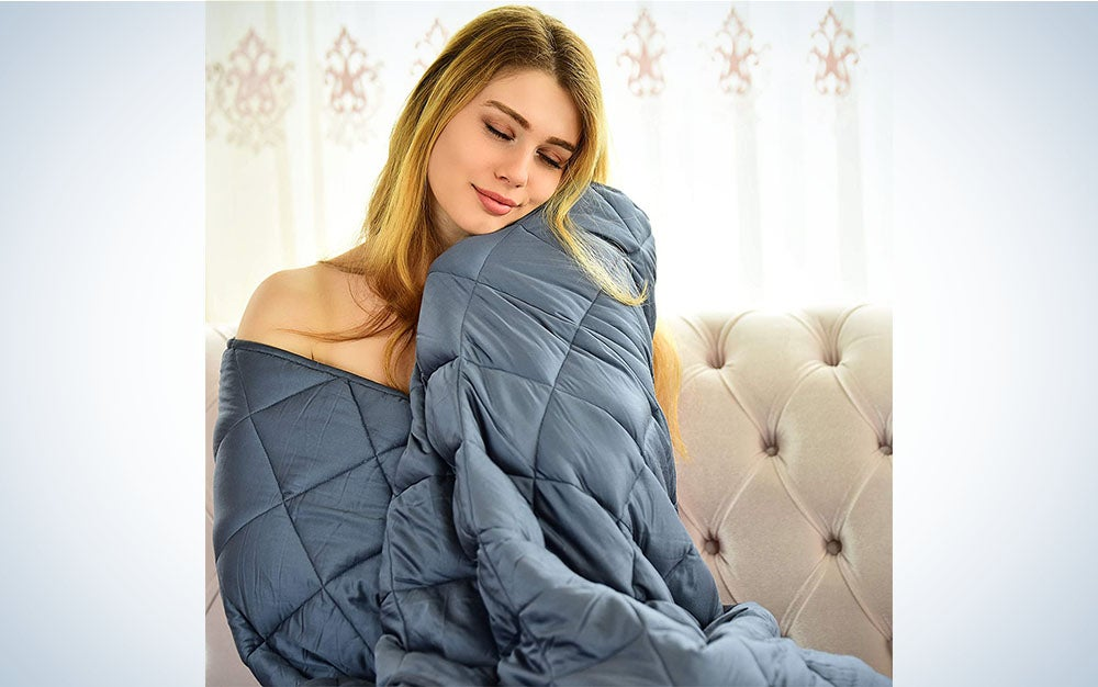 The WONAP Cooling Weighted Blanket is the best for couples