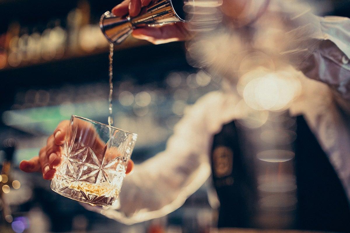Mixology and Cocktail Training Bundle