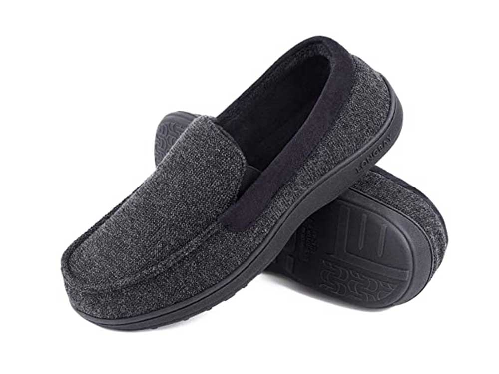 LongBay Men's Memory Foam Moccasin Slippers Plush Fleece House Slipper in Indoor Outdoor Shoes