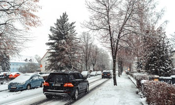 Best Windshield Snow Cover: Protect Your Car With a Frost Guard