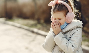 How to distinguish COVID-19 symptoms from a cold