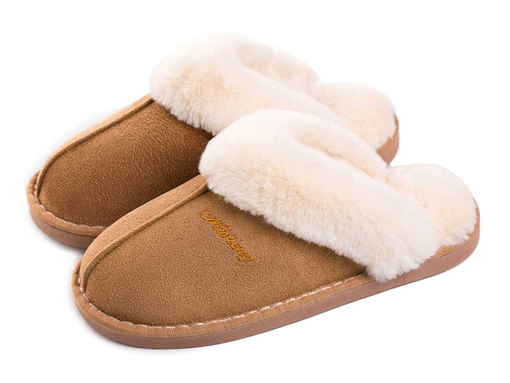 Women Men Fur Slippers Memory Foam Fluffy Slip-on House Suede Lined/Anti-Skid Sole, Indoor & Outdoor