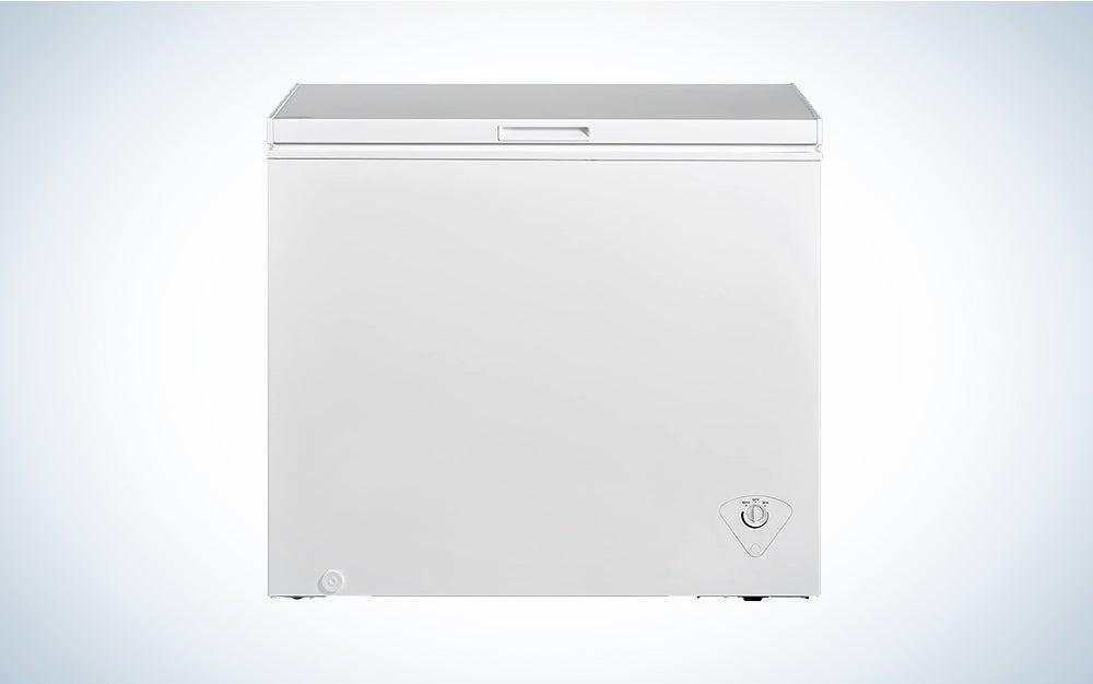 white Midea freezer for outdoors or garage
