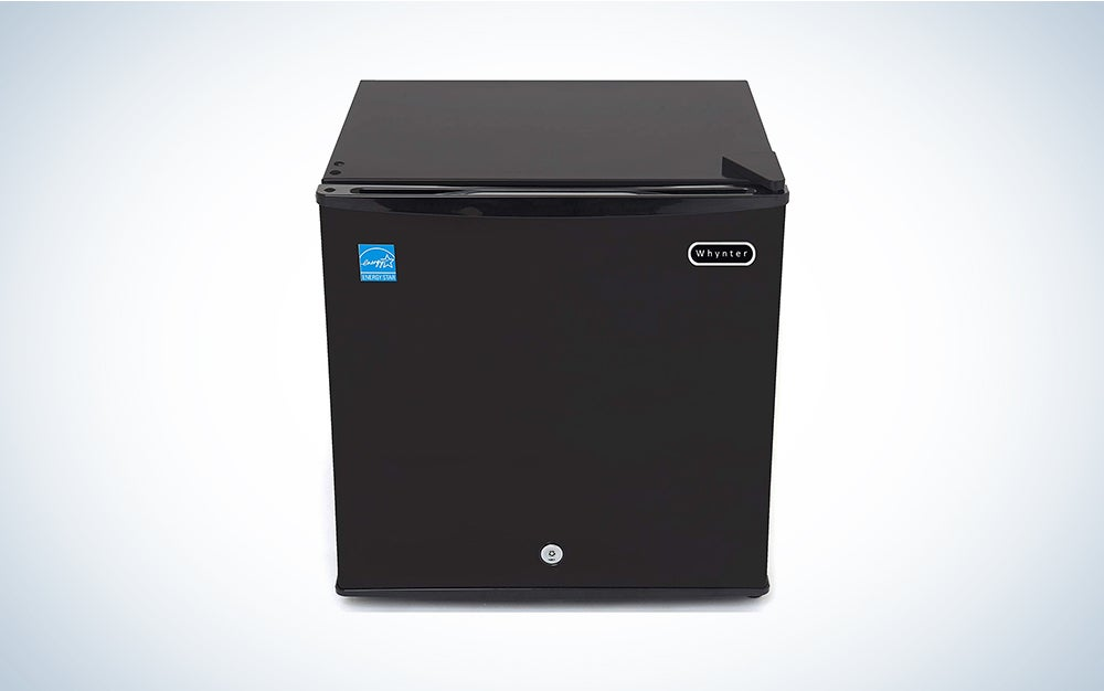 black whynter chest freezer