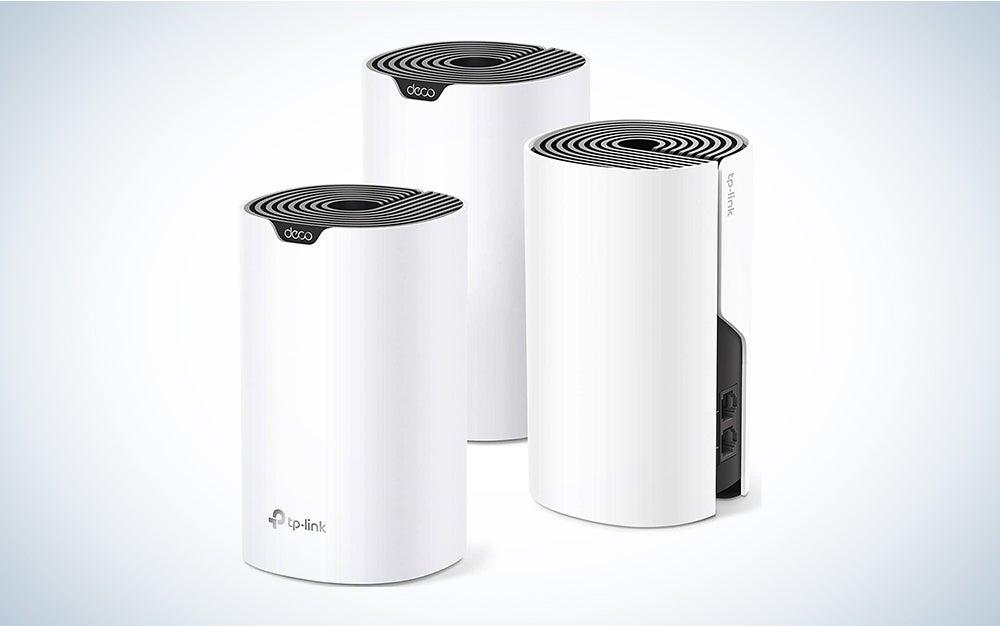 three tp-link mesh wifi towers