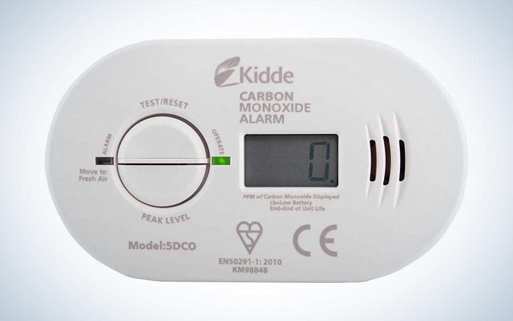 white carbon monoxide alarm with a digital screen