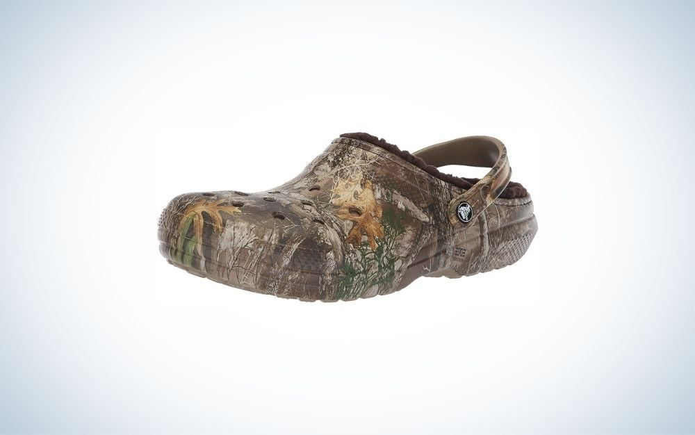 Warm and fuzzy camo men's slippers