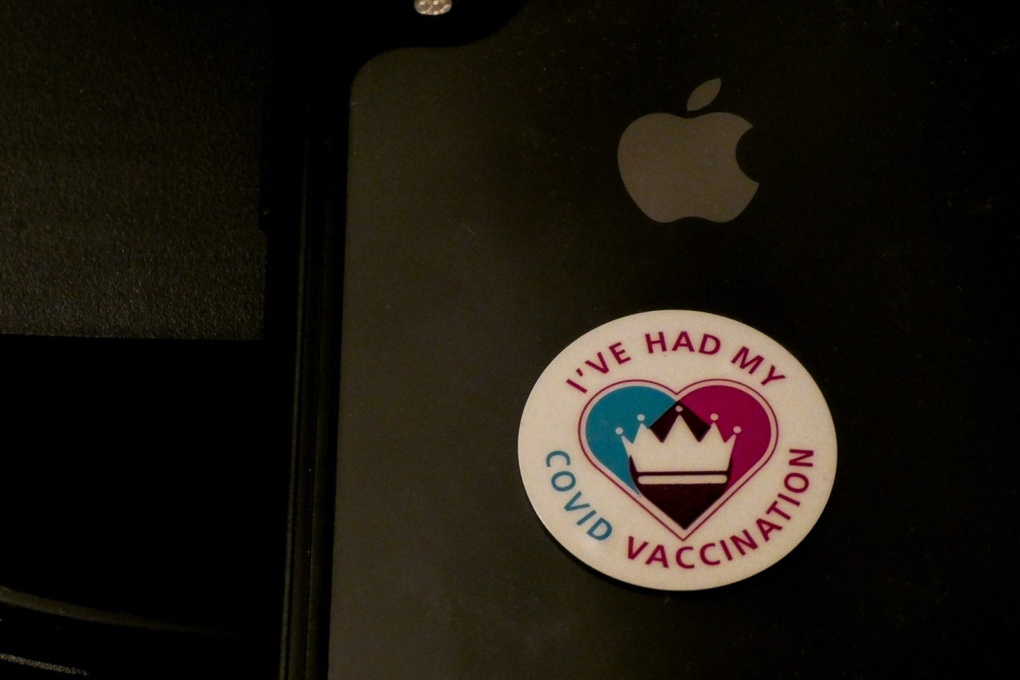 """Sticker on laptop that says """"I've had my COVID vaccination"""""""