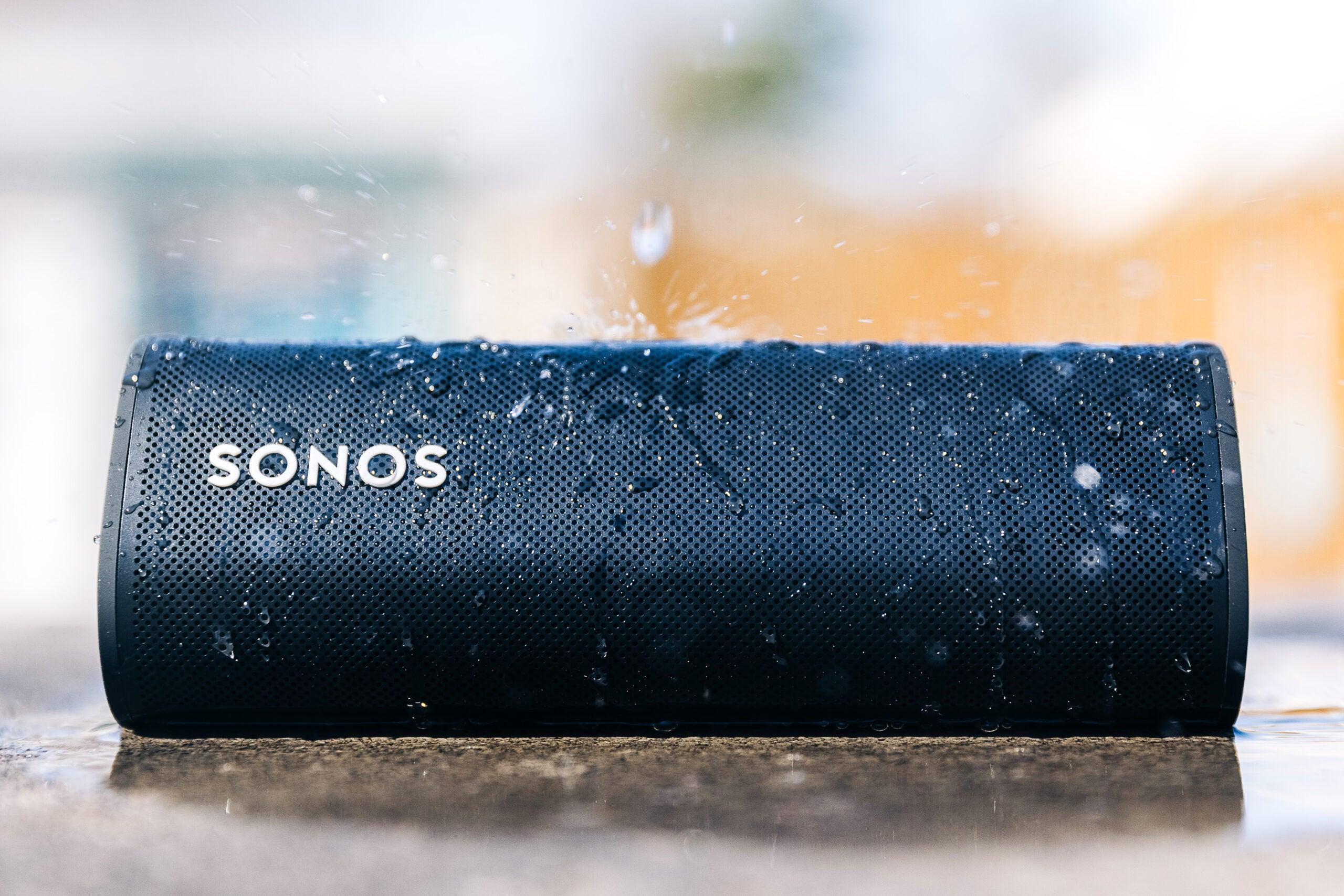 Sonos roam speaker with water falling on it