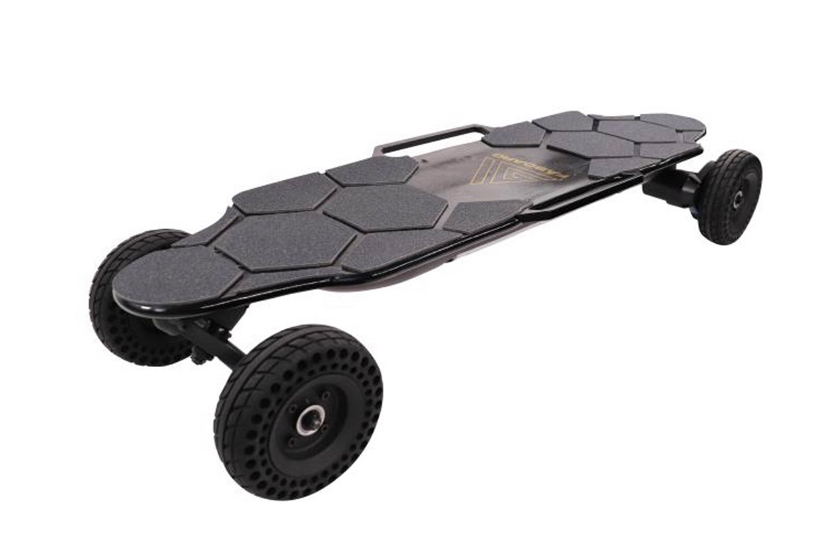 Black Rover, the 21st century electric skateboard from Faboard
