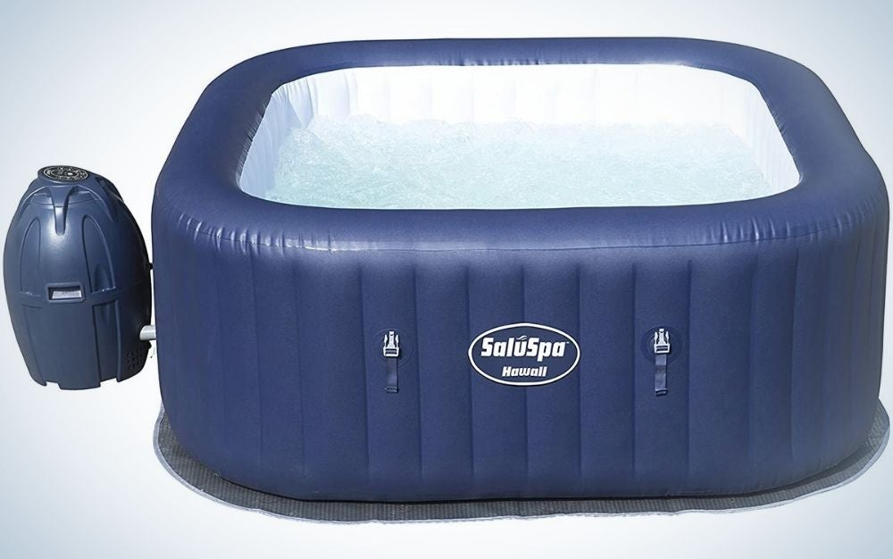 Blue big SaluSpa Hawaii outdoor inflatable hot tub spa with air jets for 6 Person with a blue deposit hanging beside it.