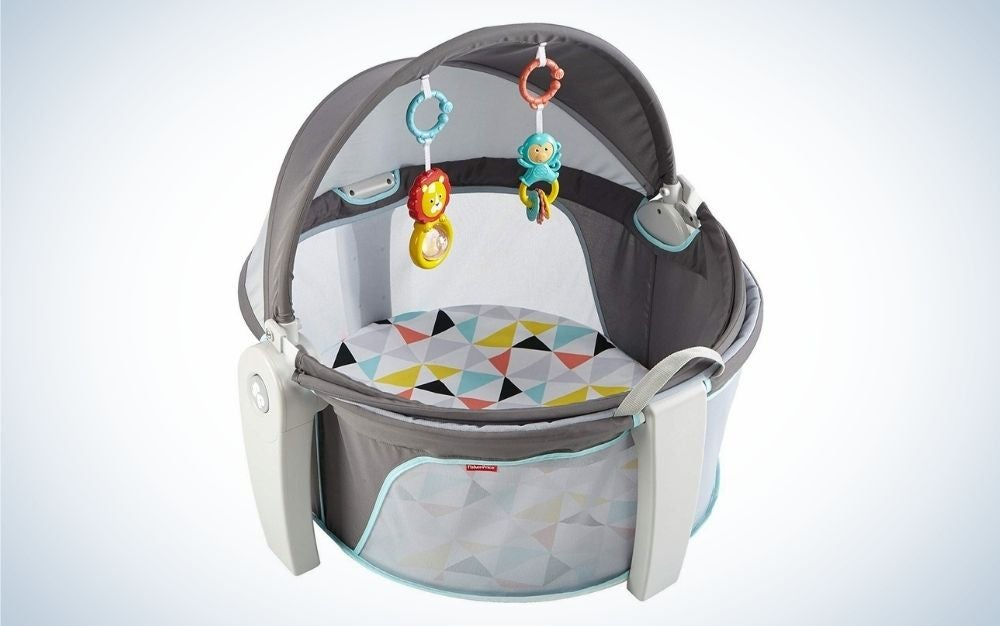 Grey, blue, yellow, and white baby beach tent