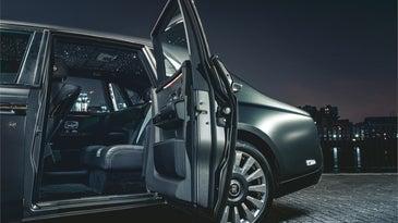 Rolls Royce sedan starlight interior