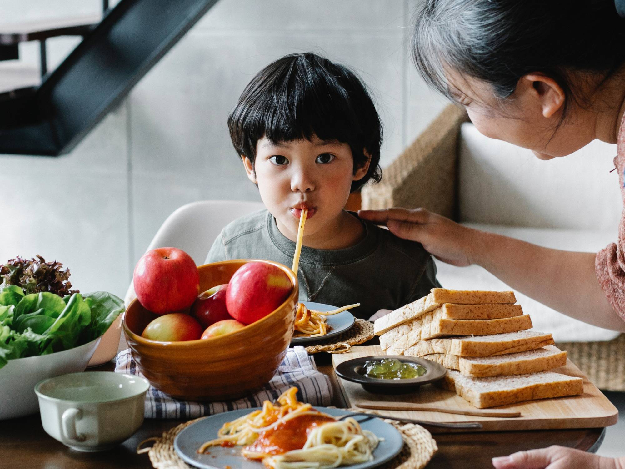 How to help your kids get over picky eating