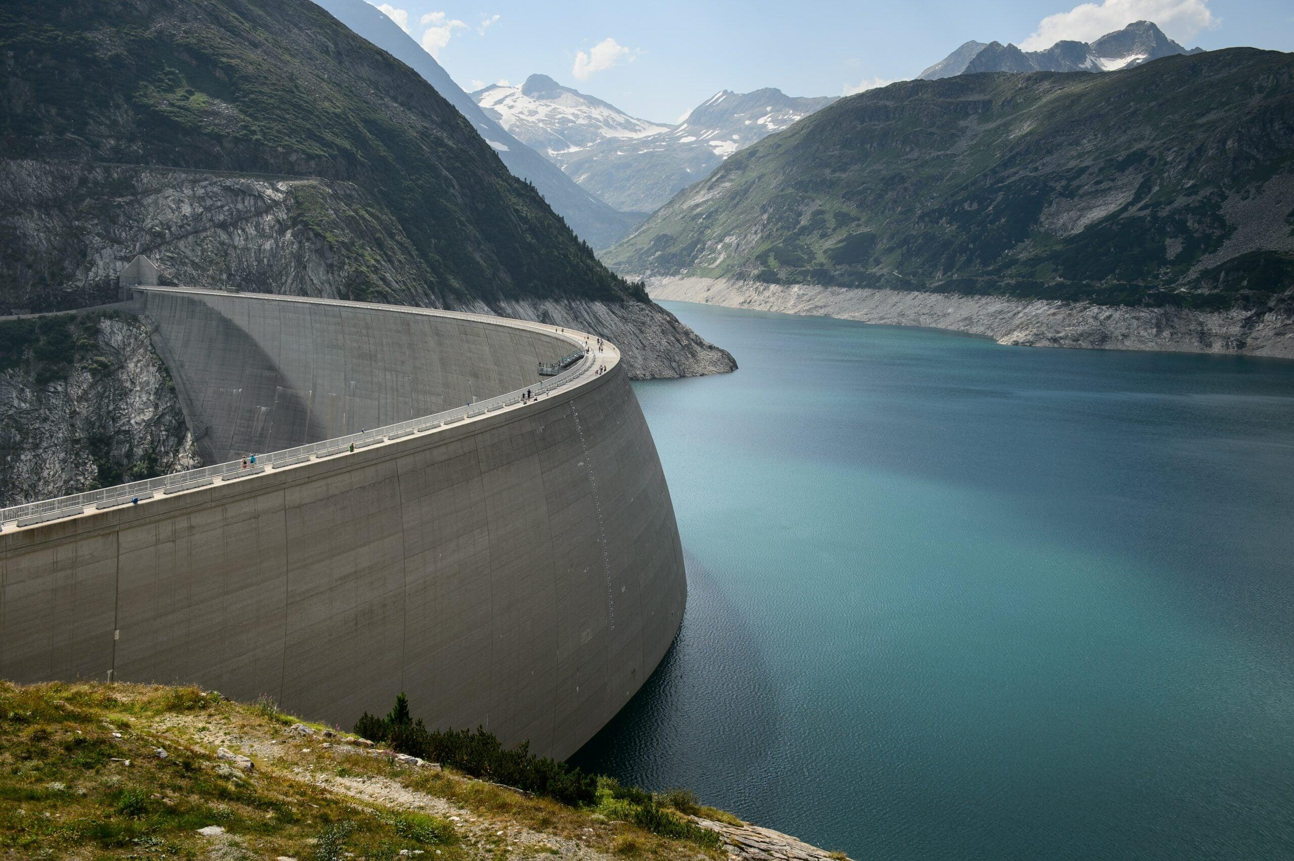 a dam reservoir storing carbon