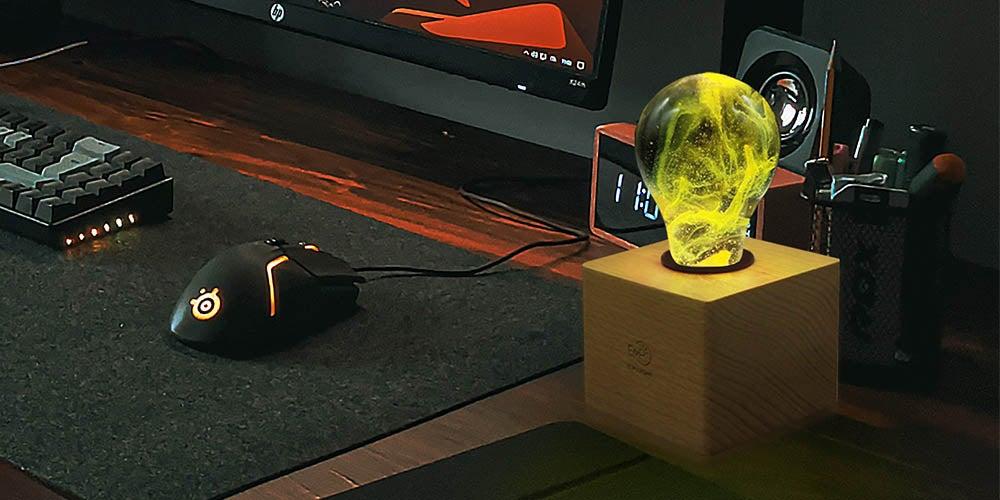 Lava lamp on desk.