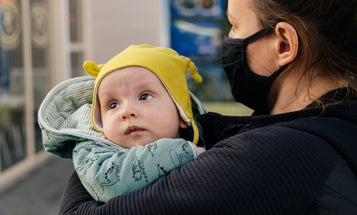 How should parents with unvaccinated kids handle the CDC's new mask guidelines?