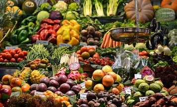 Simple tips to help you eat enough fruits and veggies every day