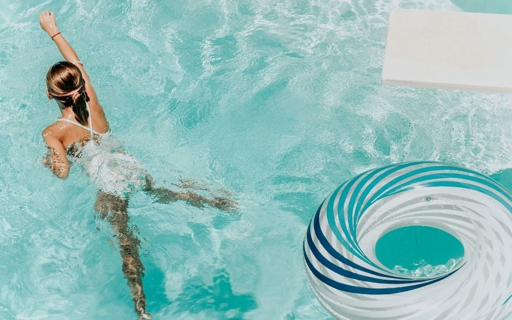 Find the best float tubes for lounging in the pool.