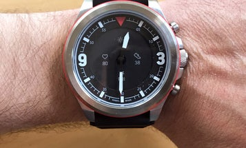 Fossil Latitude Hybrid HR review: A smartwatch for people who hate smartwatches