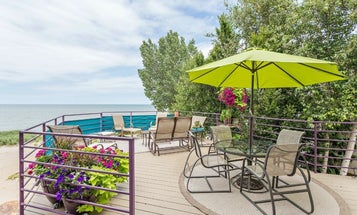 The best patio umbrella: Throw some shade (in a good way)