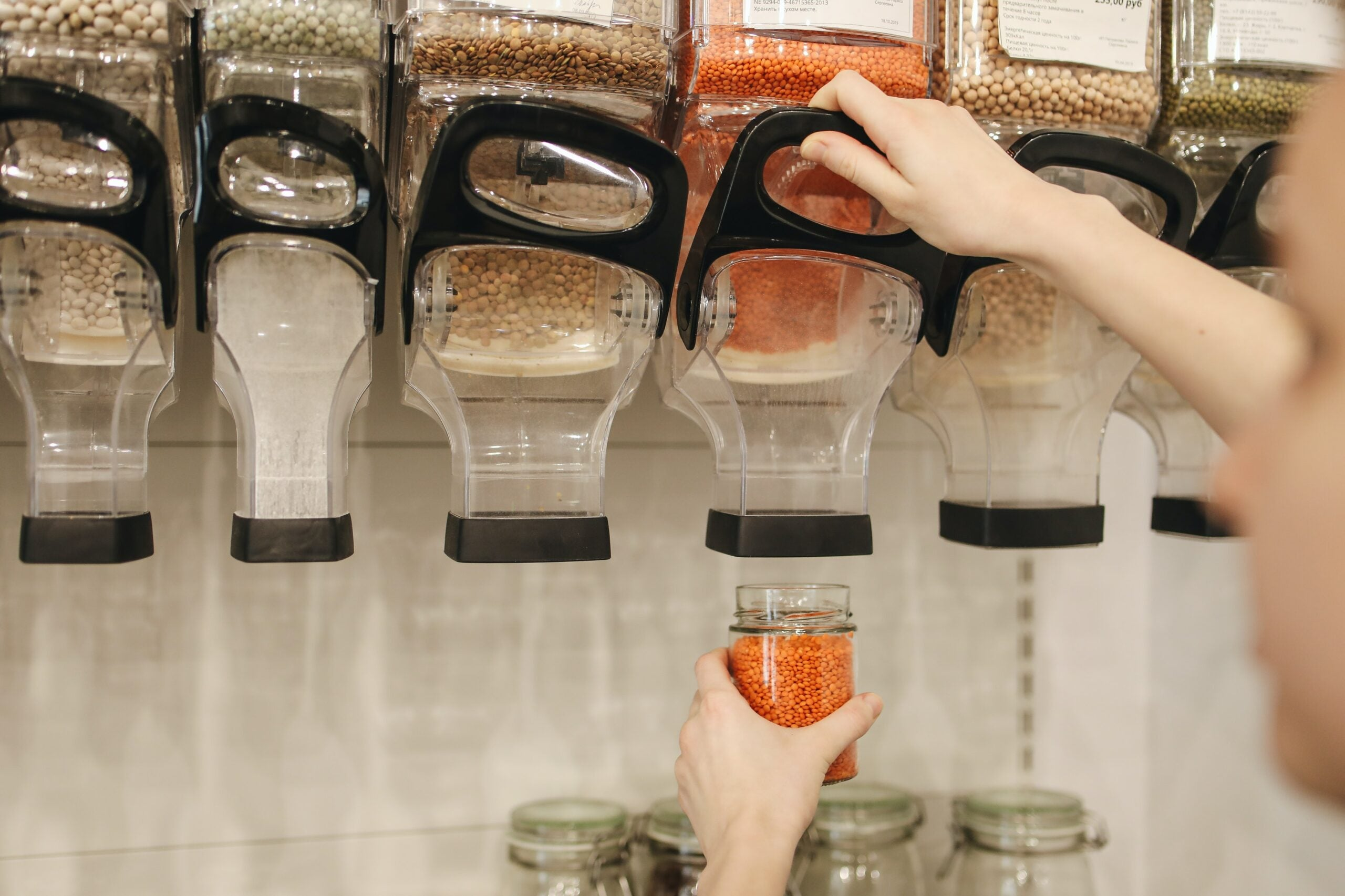 Can zero-waste stores be affordable for everyone?