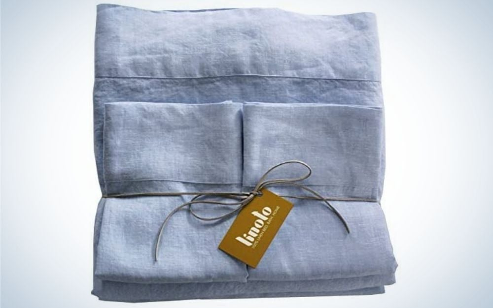 Linoto 100-percent Pure Flax Linen Bed Sheets are the best luxury linen sheets.