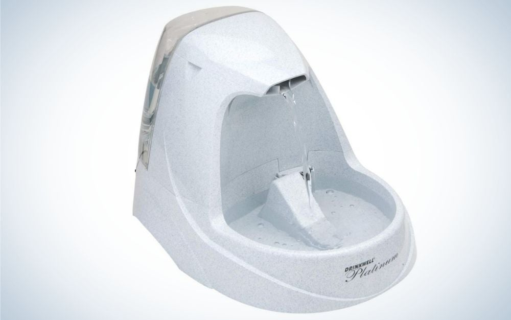 Light gray pet water fountain, electric corded with LED lights