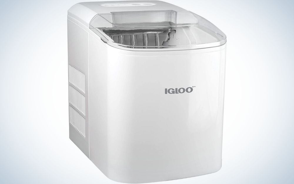 A large box in the shape of a rectangle which has a transparent lid above it and the brand name in the middle of the machine.