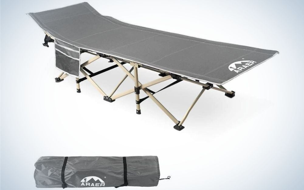 A portable layer with a layer of gray pieces with support legs crossed from below and a gray bag to put in it.