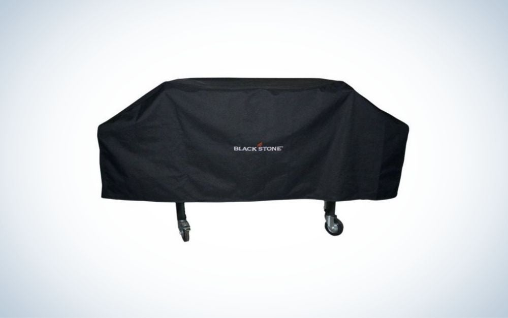 Protect your grill from the elements with the Blackstone Universal Medium Cover.