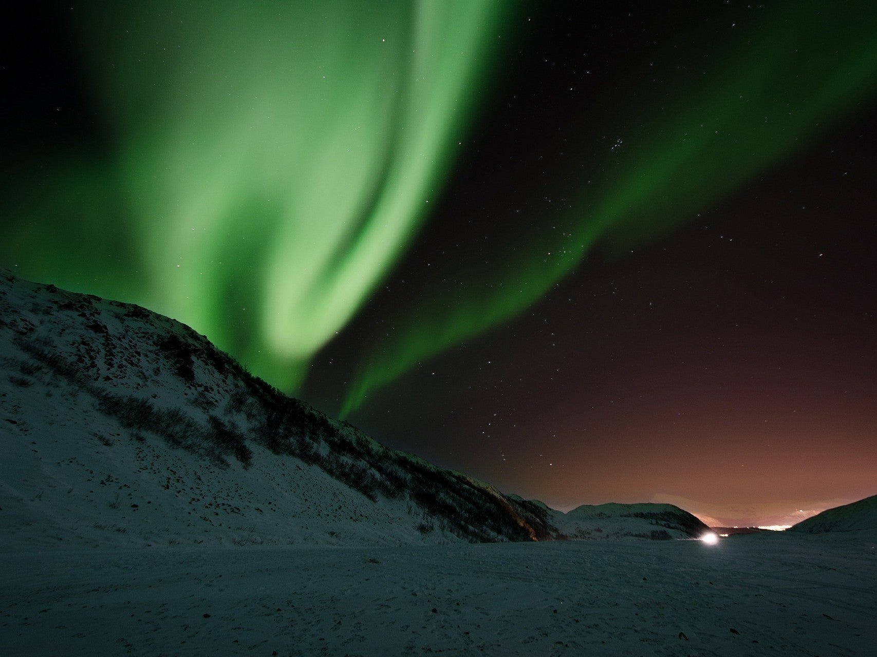 We finally know what sparks the Northern Lights | Popular Science